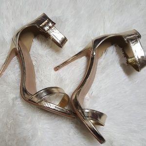 Shoe West